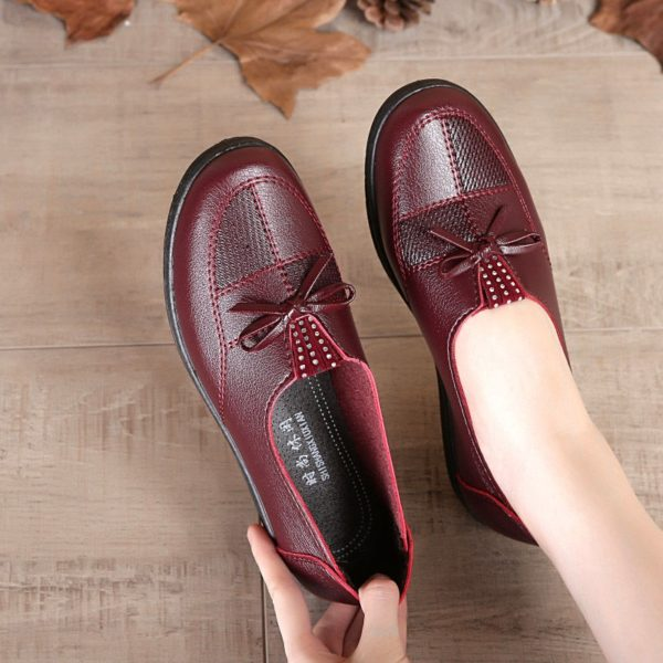 Women Leather Flats Female Flats Spring Shoes 2020 Classic Women's Loafers Casual Leather Shoes
