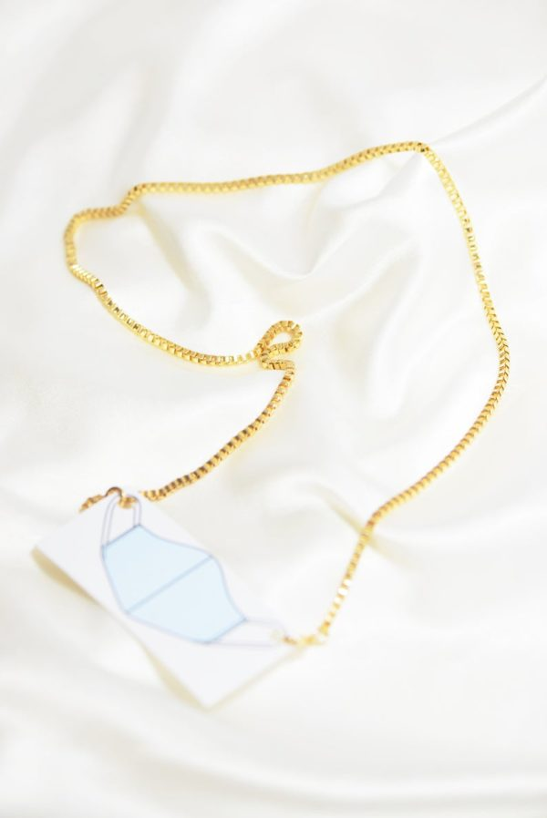 Box Chain Mask Holding Necklace
